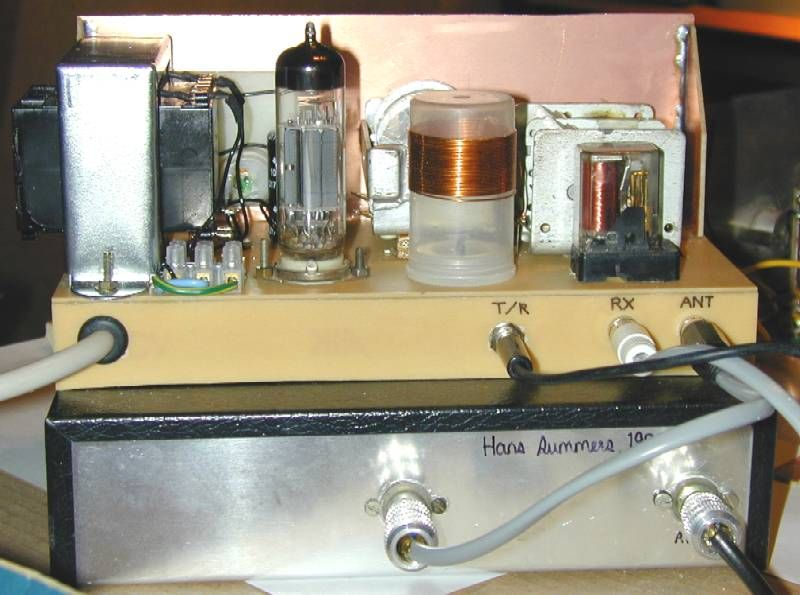 You are browsing images from the article: CW Transmitter: original version