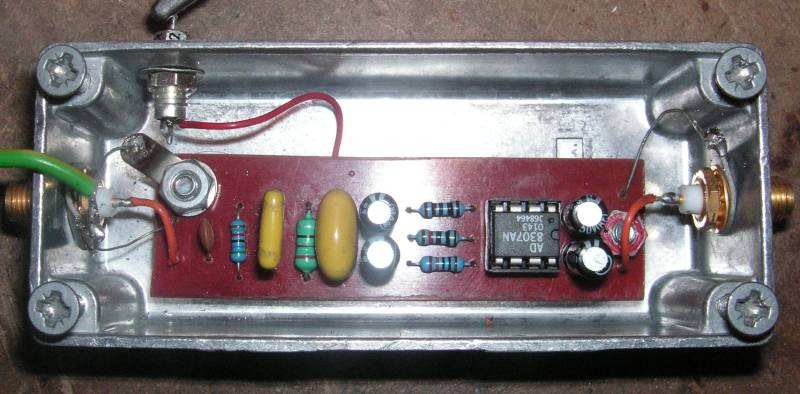 You are browsing images from the article: Spectrum analyser by M0RFD