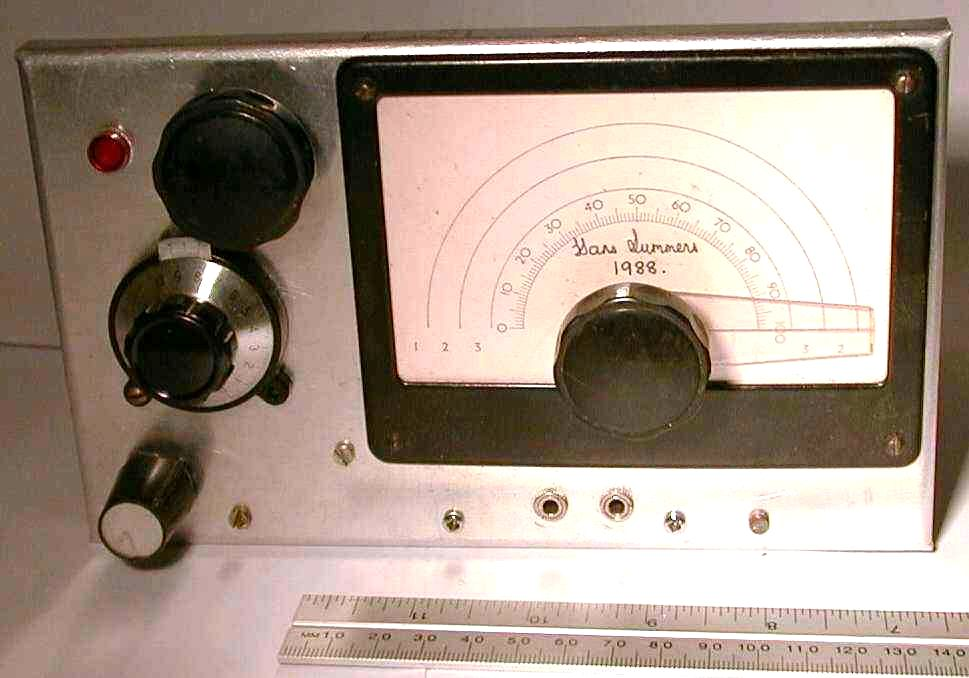 You are browsing images from the article: Valve radio receiver